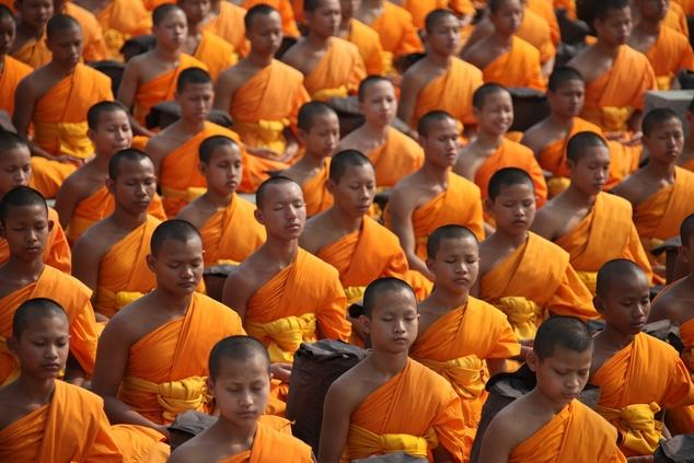 buddhist monks meditation